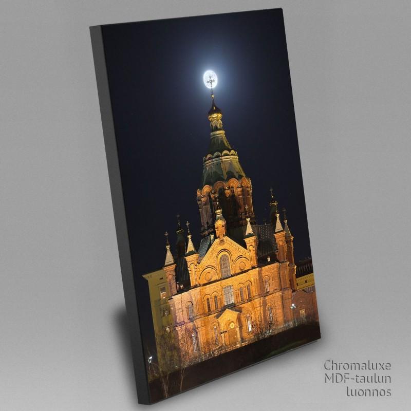 Superkuu ja Uspenskin Katedraali - Chromaluxe taulu