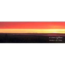 Vanttajajärvi auringon laskiessa II - Tapetti