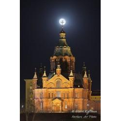 Superkuu ja Uspenskin Katedraali - Juliste