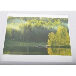 Erityinen valo - 105x70cm Artline-juliste