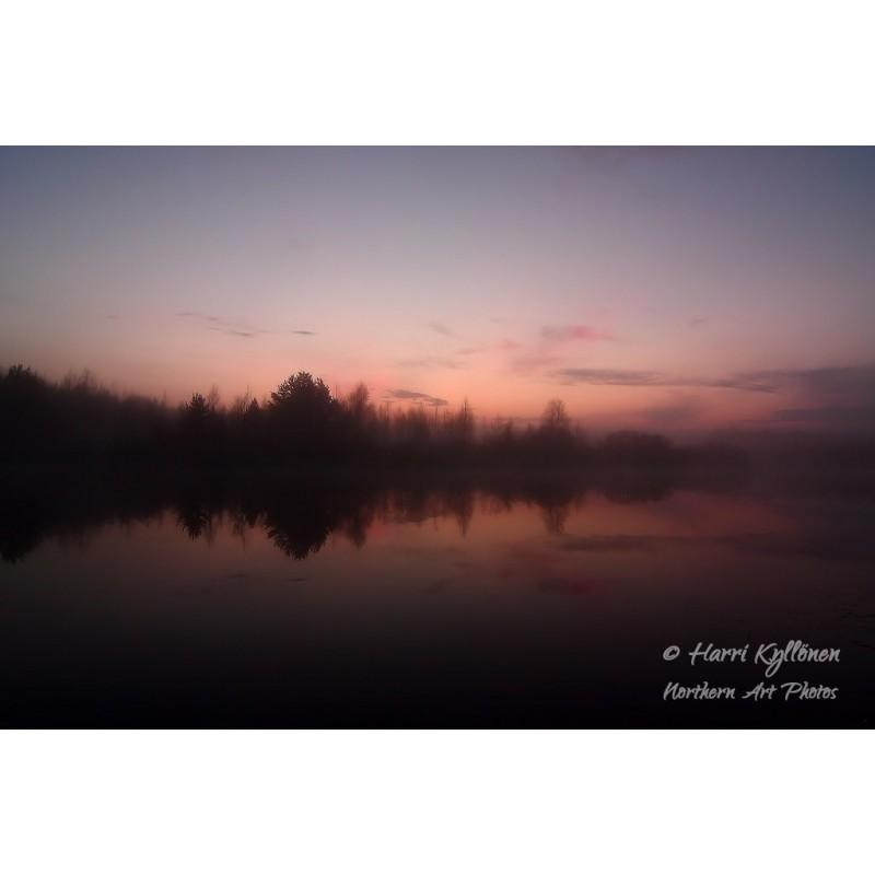 Romanttinen joki - Canvas-taulu